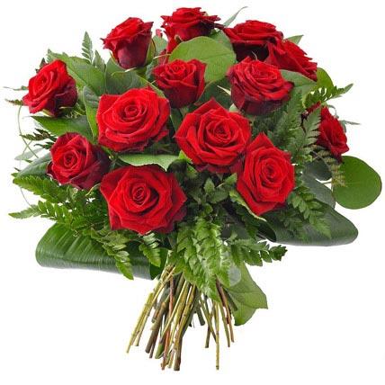12 Rosas y Bombones caja roja